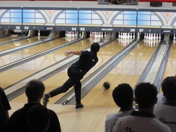 Robbie bowling 3637